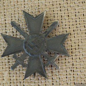 """KVK1 """"Deumer"""" War Merit Cross With swords 1st class"""