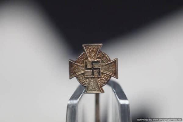 faithful service stick pin