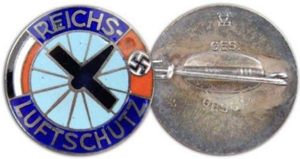 fake Reichsluftschutz enamels