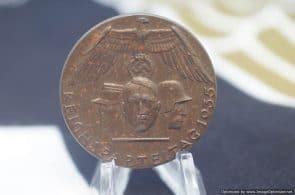 SMGL-2790 reichsparteitag 1935 badge