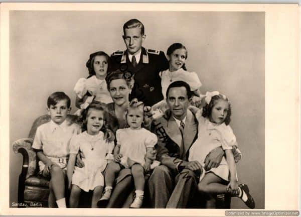 SMGL-2913 Goebbels Family Post card