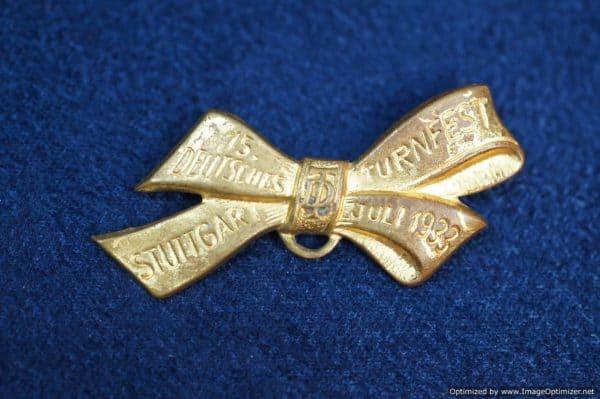 Deutsches Turnfest stuttgart 1933 gold ribbon pin